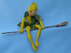 "Annalee 10"" Woodsprite with Broom - Mint - X-60xx"