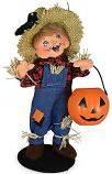 "Annalee 7"" Trick or Treat Scarecrow Kid with Pumpkin 2021 - Mint - 311221"