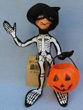 "Annalee 10"" Brighty Bones Black Skeleton Elf with Pumpkin - Mint - 865500gr"